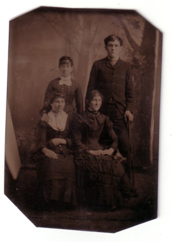 Sanders - Fryher Photo - Tin Type Photo - 3 women, one man before 1900