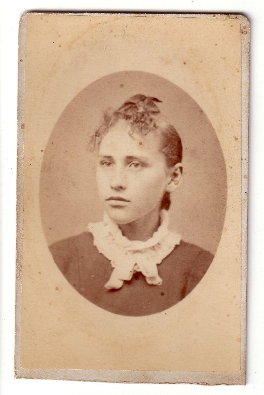 Sanders - Fryher Photo - carte-de-visite - unknown woman before 1900